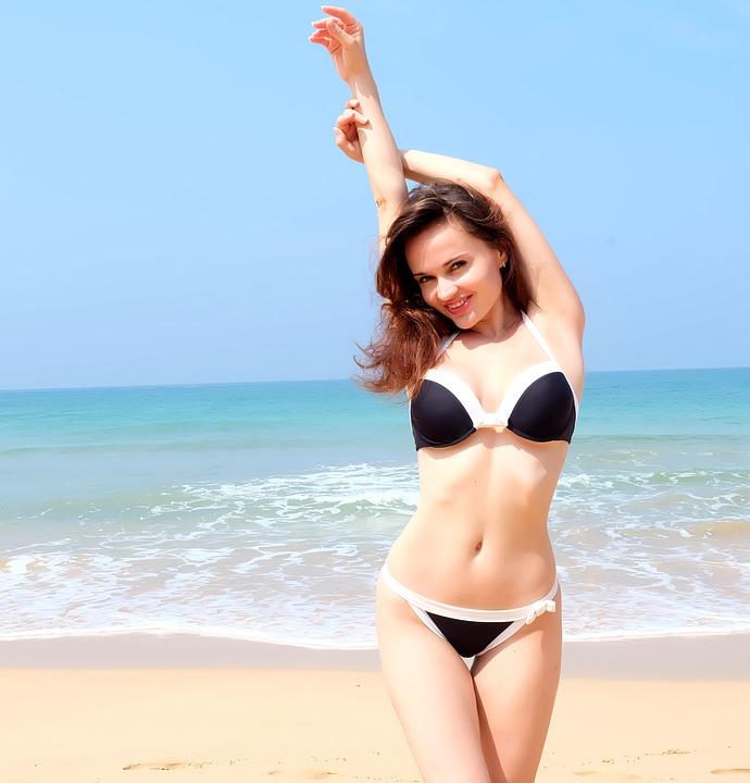bikini mer plage
